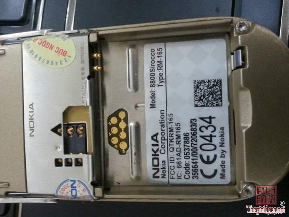 Nokia-8800-sirocco-hang-suu-tam-chinh-hang-doc-la (5).jpg