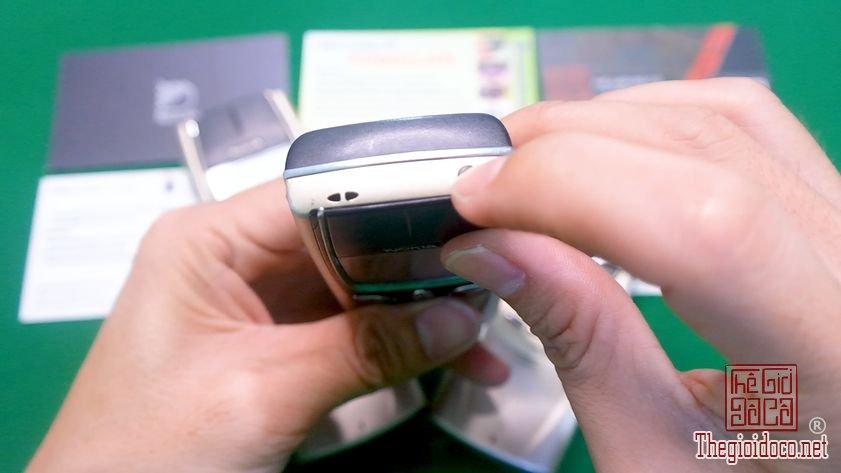 Nokia-8850-nguyen-zin-chinh-hang-suu-tam-dien-thoai-co-doc-la-xua (3).jpg