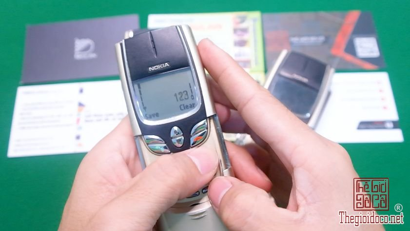 Nokia-8850-nguyen-zin-chinh-hang-suu-tam-dien-thoai-co-doc-la-xua (4).jpg