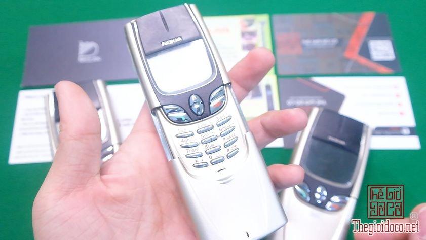 Nokia-8850-nguyen-zin-chinh-hang-suu-tam-dien-thoai-co-doc-la-xua (14).jpg