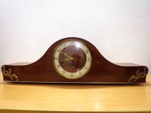 Đồng hồ vai bò Đức