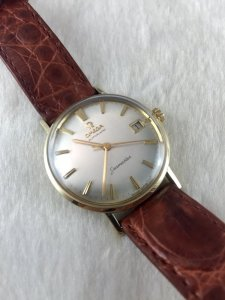 Omega Seamaster (Deville) Automatic solid 14k gold Cal560 dial's Silver light