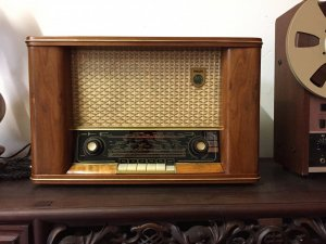Radio Phillip 433 Tube
