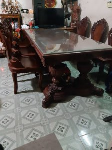 bộ bàn ăn khủng nhất sài gòn
