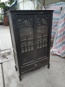 tủ xưa gỗ gõ mật