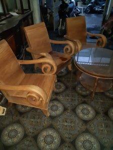 salon thùng gỗ hương mẩu to