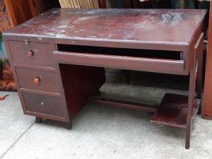 bàn làm việc gõ đỏ xưa