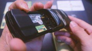 Nokia-8910i-tut-quan-chinh-hang-nguyen-zin-suu-tam-doc-la-dep (13).jpg