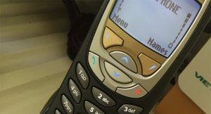 Nokia-6310i-mau-den (8).jpg