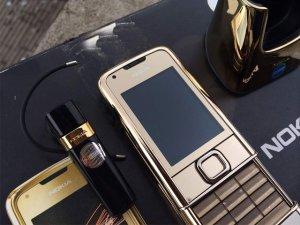 Nokia-8800-Gold-Arte-chiec-dien-thoai-duoc-doanh-nhan-ua-chuon (20).jpg