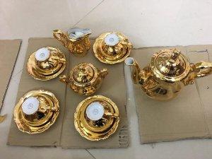hàng mới về bộ ấm chén Bavaria mạ vàng xuất xứ từ Đức.