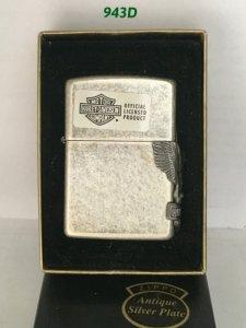 ms.943D-mạ bạc xuất Nhật 1994 HARLEY DAVISION ( emblem ốp cạnh)