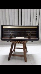 Radio cỗ hiệu Philips