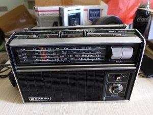 HCM - Q10 - Bán Radio Sanyo RP 8110
