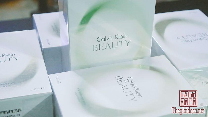 Nuoc-Hoa-Calvin-Klein-Beauty (12).jpg
