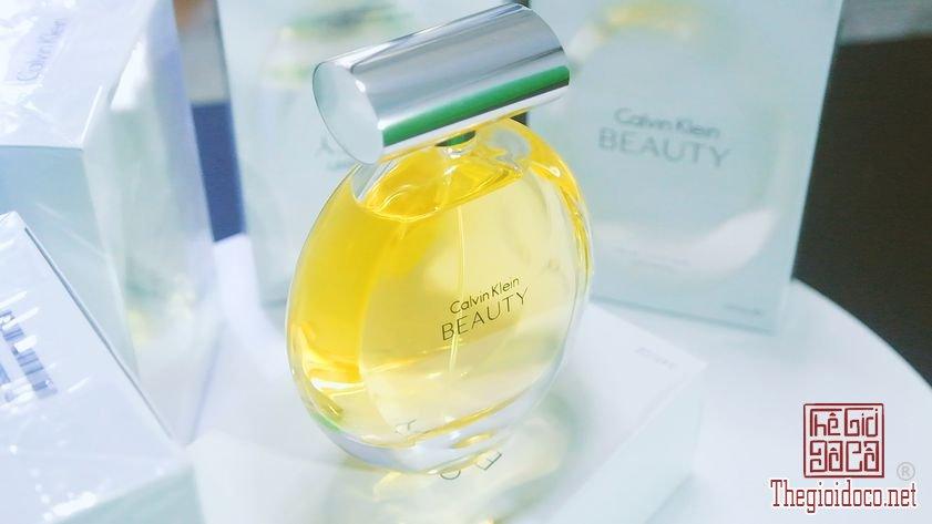 Nuoc-Hoa-Calvin-Klein-Beauty (13).jpg