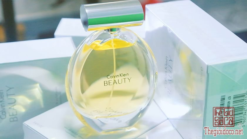 Nuoc-Hoa-Calvin-Klein-Beauty (22).jpg