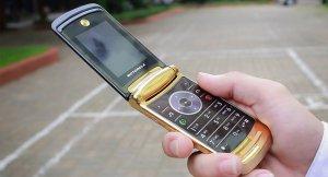 Motorola-V8 (9).jpg