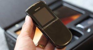 Nokia-8800-Sirocco-mau-Den (1).jpg