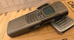 Nokia-8910-mau-bac (6).jpg