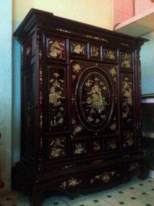 Tủ thờ 13 trám gỗ gõ mật