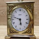 Giao Lưu đồng hồ để bàn SWISS của Thủy Sĩ tuyệt đẹp....Hàng bảo đảm 100% Nguyên bản