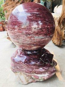 MS 9024.Cầu đá đỏ,hàng cực đỏ đều tứ diện,đườn g kính 42,nặng khoảng 160kg