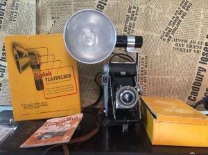 Máy ảnh Film cổ 1950 hiệu Kodak...