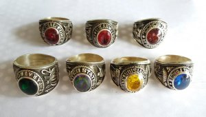 Nhẫn mỹ quý hiếm các màu xanh, đỏ vàng