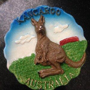 Đĩa Kangaroo composit, đk 10cm, giá bán 70k
