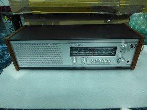 HCM - Q10 - Bán Radio Robert RM.40, England