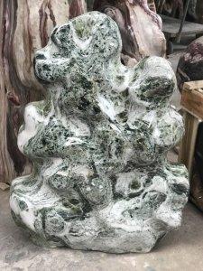 Cây đá xanh sáng màu dáng đẹp...