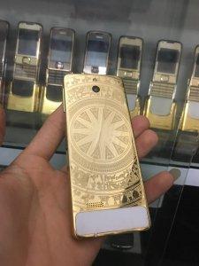Nokia 515 phiên bản mạ vàng 24k...