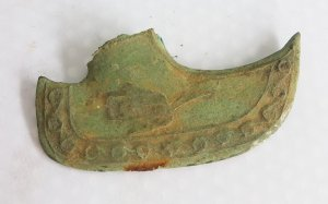 Rìu cổ xưa quý hiếm hoa văn độc lạ
