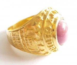 Nhẫn vàng quý hiếm đính đá quý...