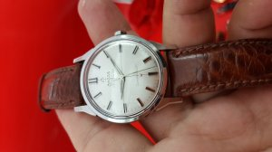 Omega constellation bát up càng...
