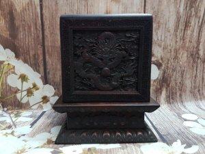 Hộp đựng ấn ngọc bằng gỗ ngũ...