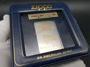 Zippo cờ Mỹ mạ vàng 1992
