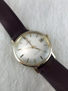 Omega Seamaster (Deville) Automatic solid 9k gold Cal562