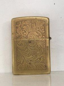 949E_Brass venetian 1994 Zippo Mỹ sx tại Canada