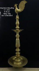 Chân đèn đồng xưa