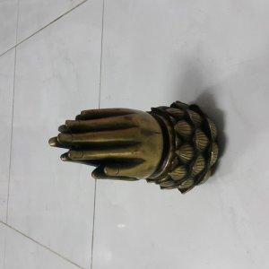 Xông trầm Bàn Tay Phật bằng đồng