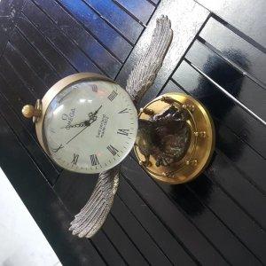 Đồng hồ Omega đại bàng bằng đồng