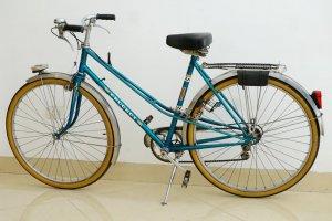Xe đạp Peugeot đời 1977 màu xanh coban (LH: Ms.Hằng 0979 837 869)