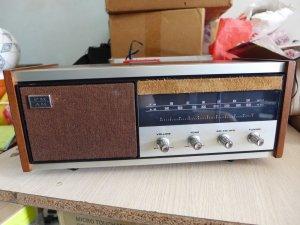 HCM - Q10 - Bán Radio Sony 8F-56W