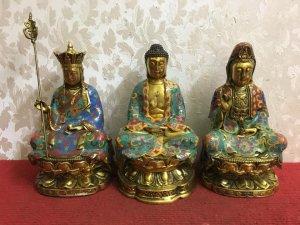 Giao lưu các Bác bộ tam thế Phật hàng siêu đẹp, đường nét tinh tế và sắc nét...Đặc biệt rất thần thá