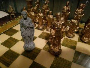 GL bộ cờ vua bằng đồng