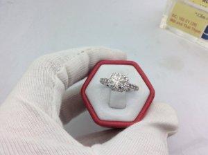 nhẫn nữ vàng trắng gắn kim...