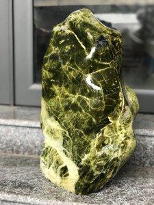 Ms 9182.Cây đá xanh,chất ngọc...