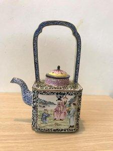 Bình trà pháp lam ( đồng tráng men )